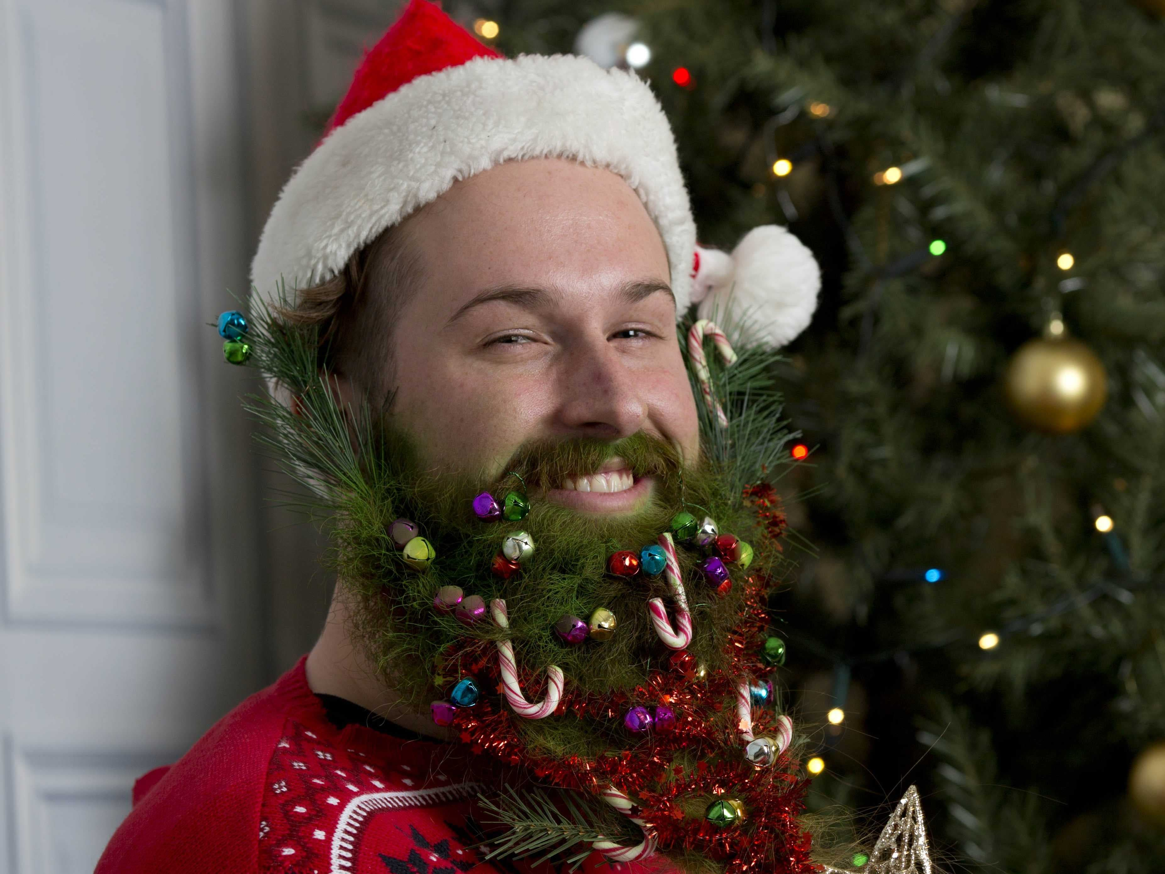 beard christmas decorations 1