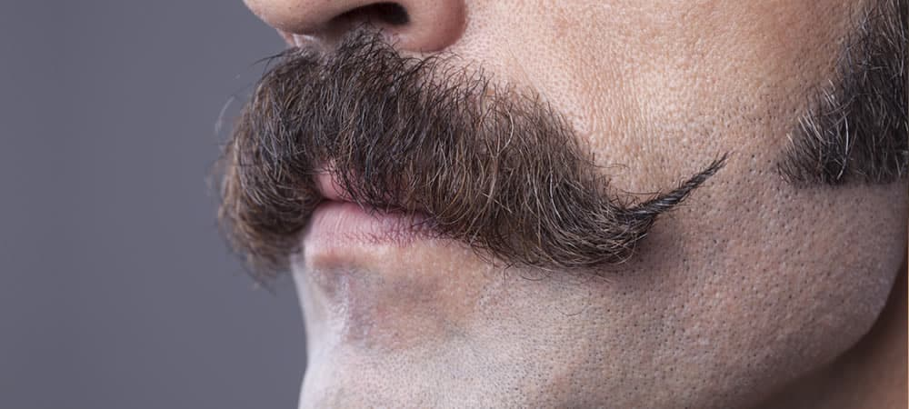 trimming beard and mustache 1
