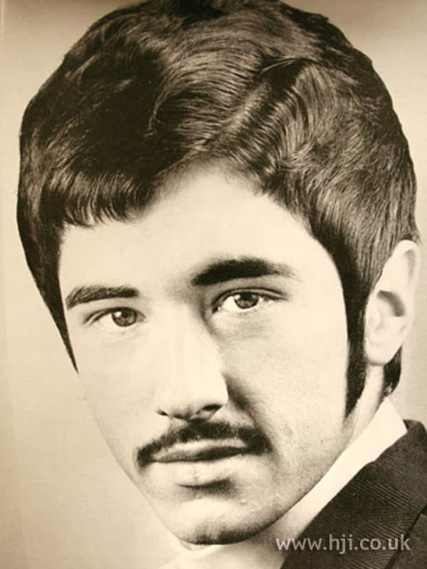 70s facial hair style photo - 1