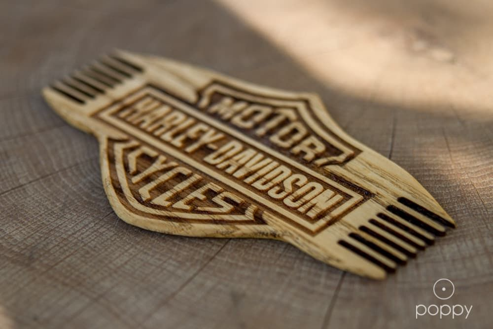 custom beard combs photo - 1