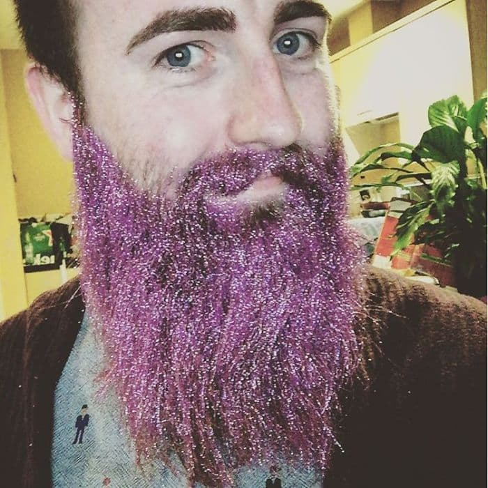 how to glitter beard photo - 1