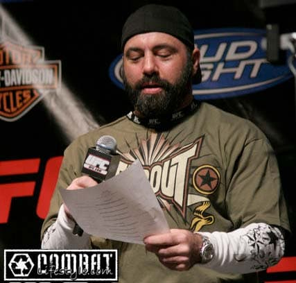 joe rogan full beard photo - 1
