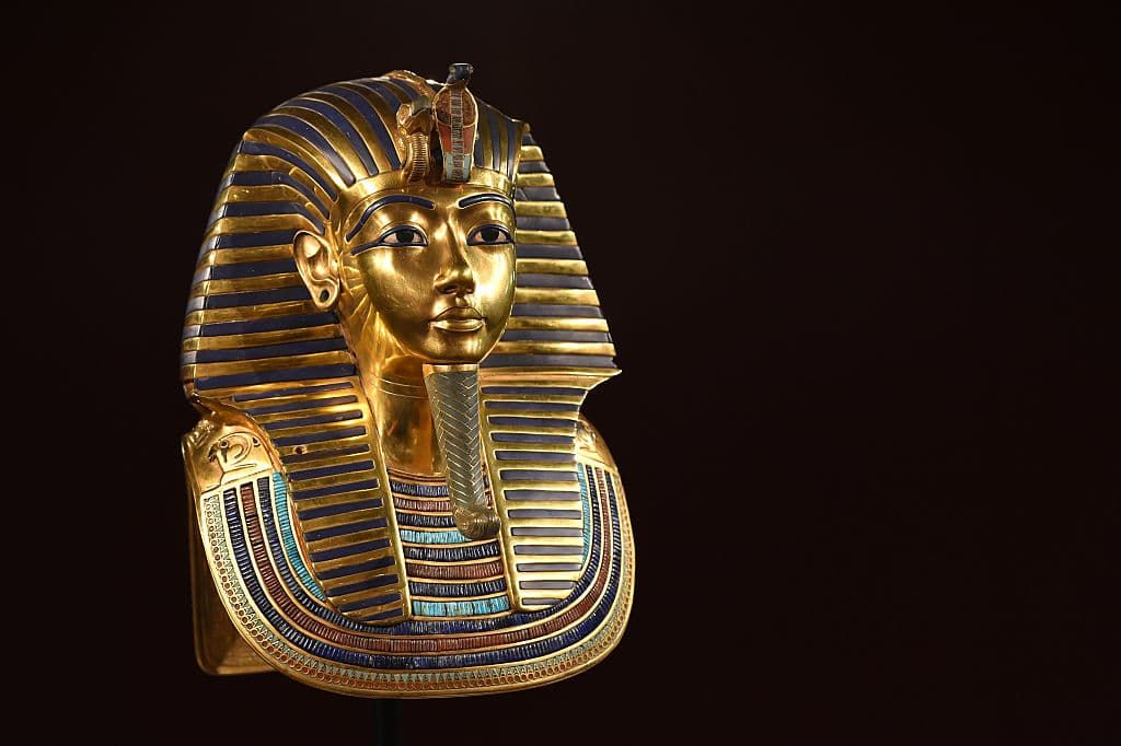 king tut beard photo - 1
