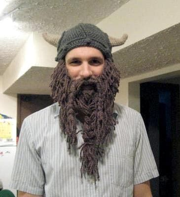 knit viking hat with beard photo - 1. Having a knit viking hat with beard  and how to ... daa2deb56cb