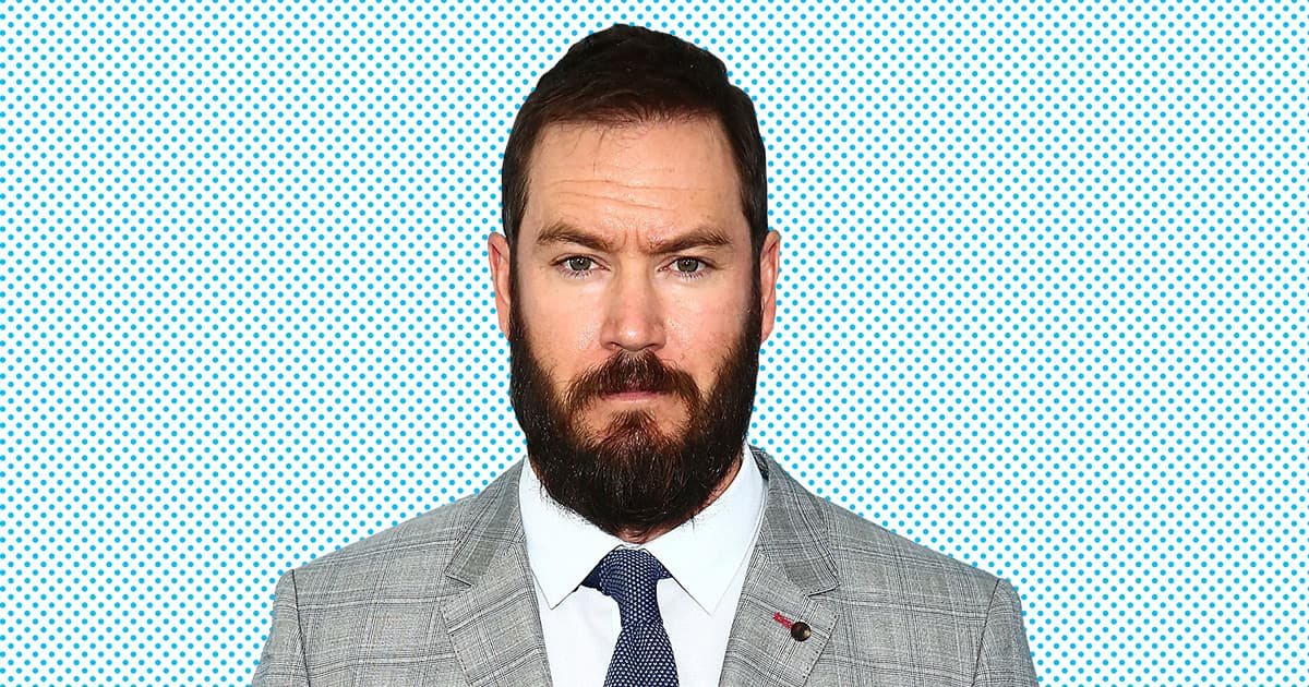 mark paul gosselaar beard photo - 1