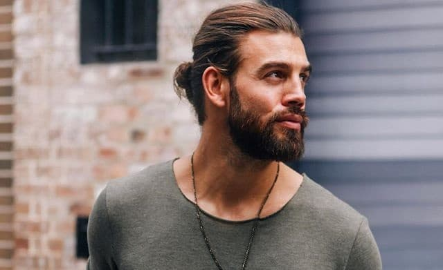 men hair and beard photo - 1