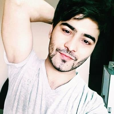 famous guy with beard 1
