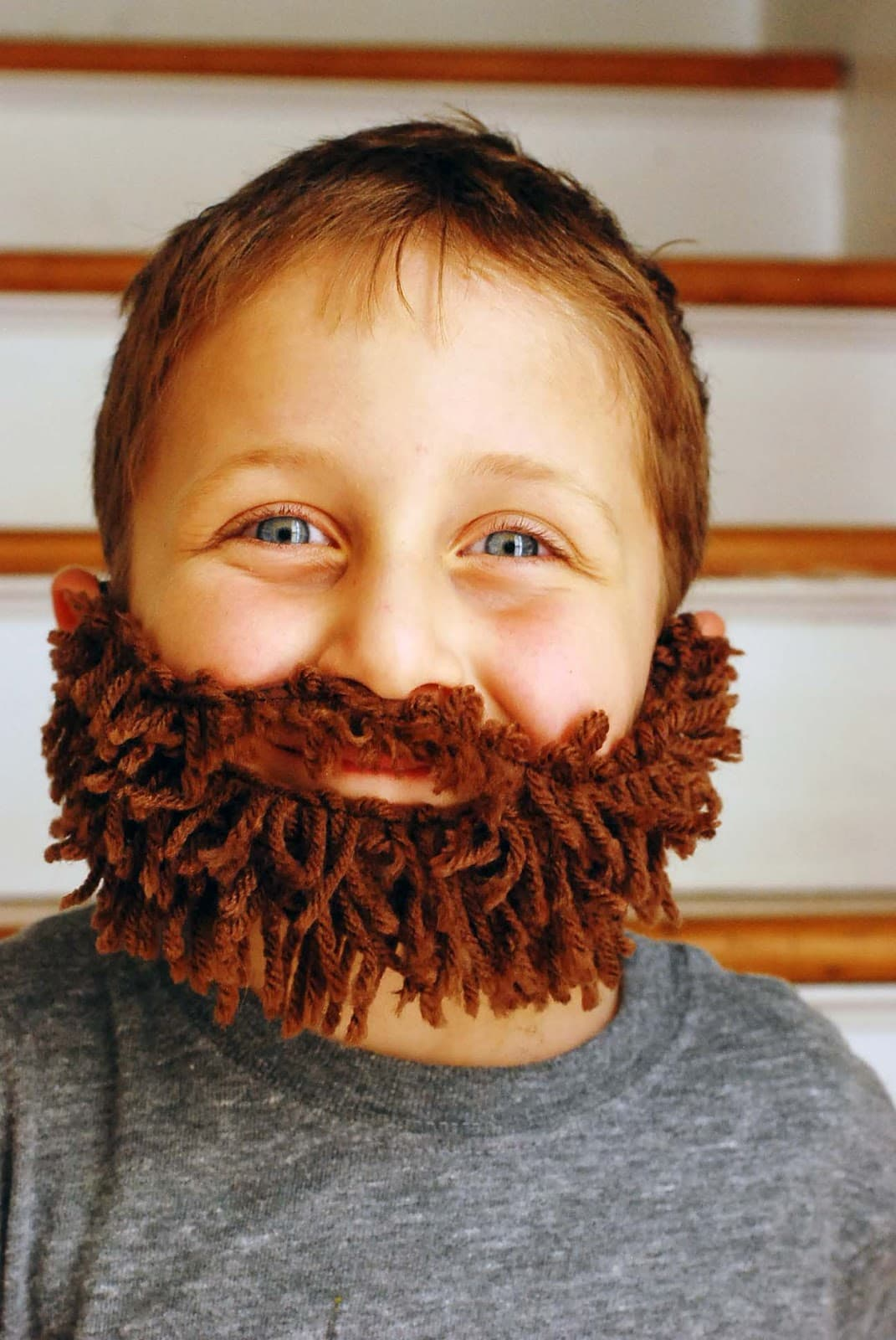 how to make a fake beard with cotton balls 1