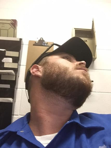 my mustache wont connect to my beard 1